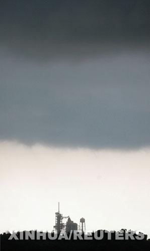 科技时代_组图:美国亚特兰蒂斯号航天飞机发射推迟