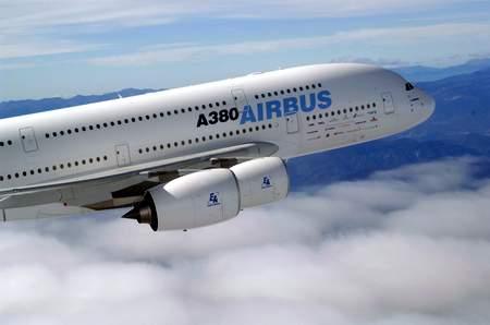 科技时代_首架采用GP7200发动机的A380飞机首飞成功