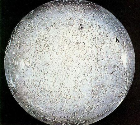 科技时代_背景资料:月球背面是什么样