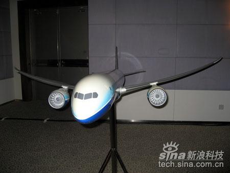 科技时代_波音787梦想飞机体验登陆上海(图)