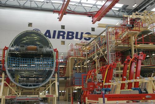 科技时代_组图:空中客车A380飞机总装线
