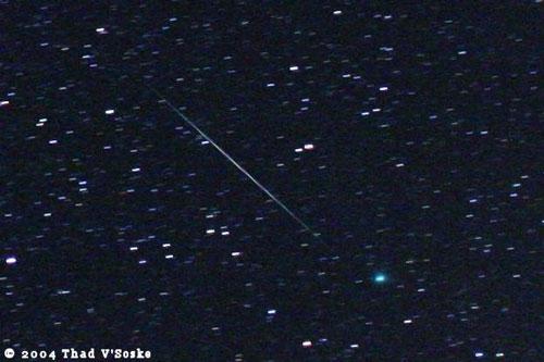 科技时代_图文:2004年双子座流星与Machholz彗星