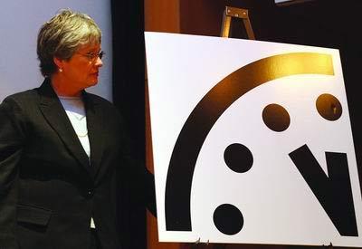 科技时代_气候变暖威胁接近核武器 末日之钟拨快2分钟