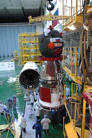科技时代_图文:俄罗斯联盟TMA-10载人飞船