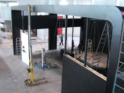 科技时代_P&E展前探秘:场馆正中部的三星展台