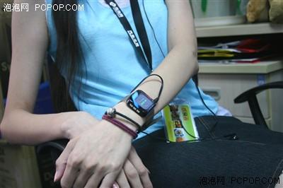aigo超酷腕表MP3全国首款样机到泡泡