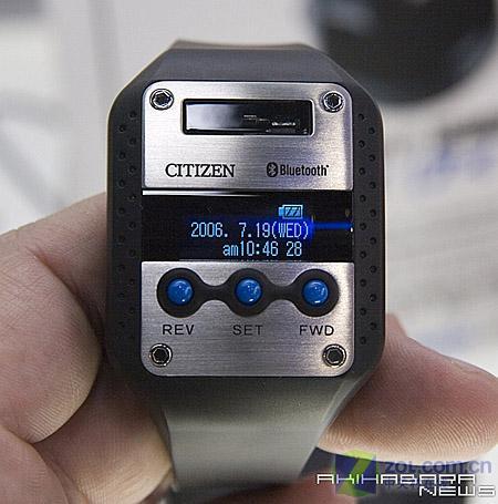 可接听电话日本发布蓝牙手表i:Virt