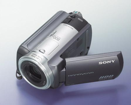 售价不菲索尼三新款硬盘数码摄像机开卖