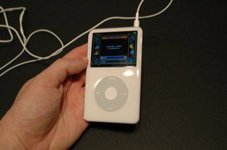 抢先看苹果新iPodvideo2真机图赏