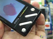 2.2英寸QVGA屏蓝魔视频RM400低价上市