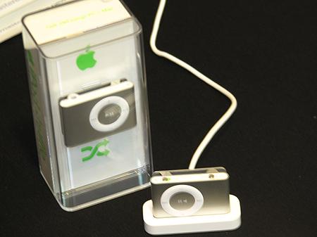 新系列iPod发布最小shuffle售价788元