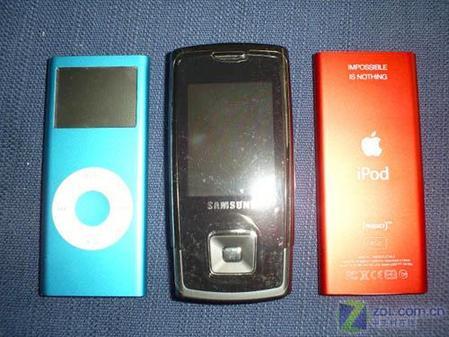 红色版苹果iPodnano真机精美图欣赏(6)