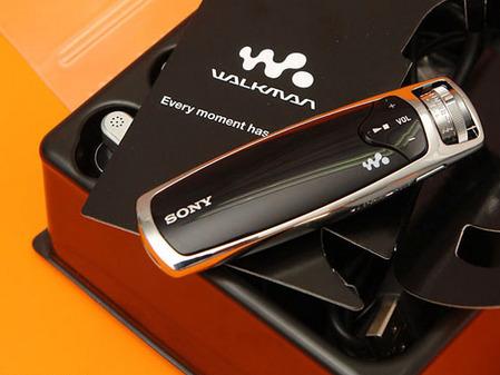 声色同型索尼最高端MP3黑色NW S706F