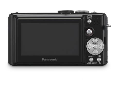 市场搜奇8月份新上市个性数码相机一览