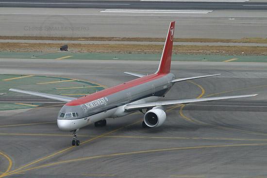 波音757-300图片_科学探索