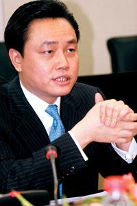 科技时代_黄光裕回应苏宁购大中传闻:做企业要厚道