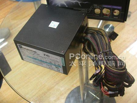 绝对零分贝!台湾产620瓦高档电源登场