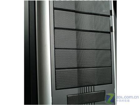 全球首款外置SATA机箱ECA3052图片曝光