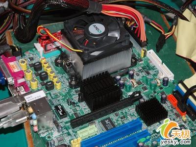 七彩虹再打技术牌C51G主板BIOS超强版面世