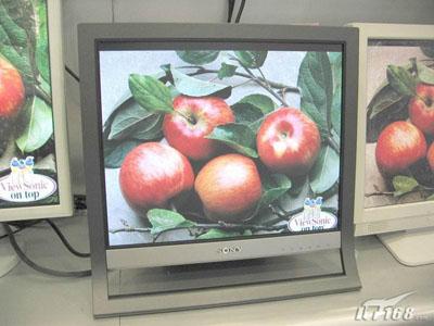 索尼17寸液晶显示器HS75心动价仅1799元