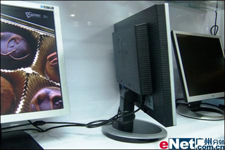 2000:1+16.7M色!LG20寸宽屏上市