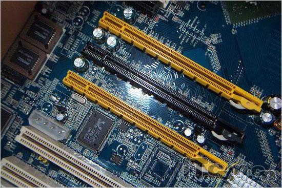 4核+廉价昂达NF650SLI工程板抢先