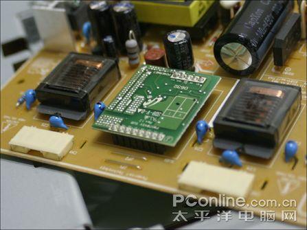 用的什么面板三星宽屏液晶931BW拆解(3)