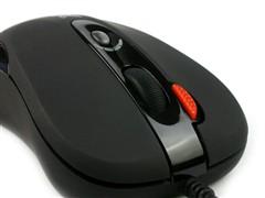 键鼠配合火力强试用双飞燕键鼠套装