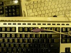 超薄多媒体派乐士PKB3000键盘行货售138元