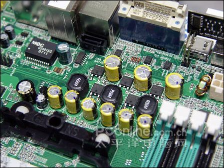 全能接口主板 七彩虹N7070PV到货售599元