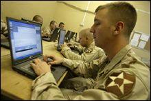 科技时代_美军士兵建立博客网站:交流战争经验(组图)