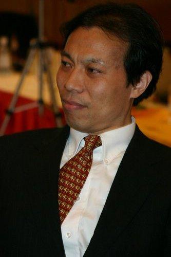 科技时代_图文:盛大总裁唐骏聚会阐述幸福观