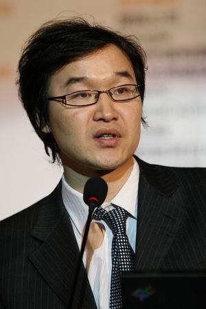 科技时代_图文:互联网协会交流与发展中心主任胡延平