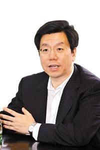 科技时代_Google全球副总裁兼大中华区总裁李开复简历(图)