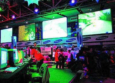 中国电子竞技v业界:从业界杀向体育馆_作文残疾人乒乓球网吧图片