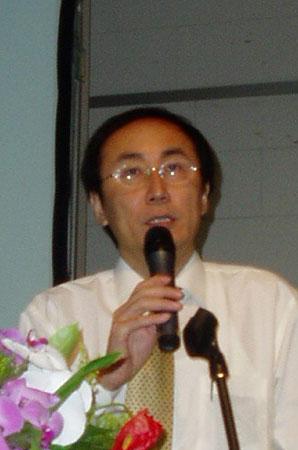 图文:清华大学王兴军教授做机卡分离方案报告
