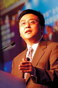 科技时代_张亚勤赴任微软中国 坦承跟李开复仍是朋友