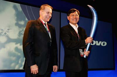 科技时代_国际奥委会主席罗格与杨元庆在都灵会面