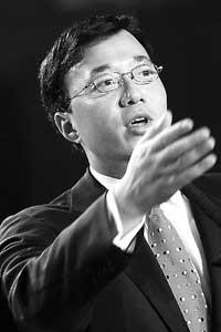 科技时代_北京晚报:邓中翰创造奔腾的中国芯