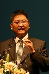 科技时代_图文:联想集团副总裁夏立致辞