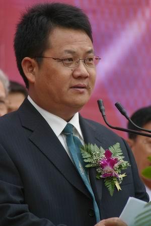 科技时代_图文:海淀区企业代表杨亚生在开幕仪式上致辞