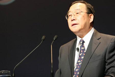 科技时代_图文:全国人大教科文卫委员会主任委员吴基传
