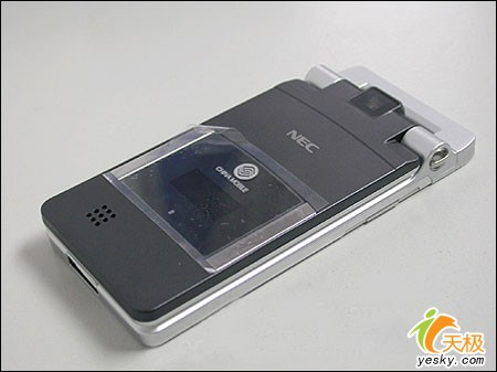 全球最薄的手机NECNQ摔落至2780元