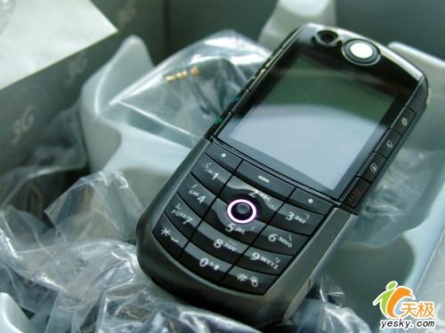 最超值的3G手机摩托罗拉E1000真值
