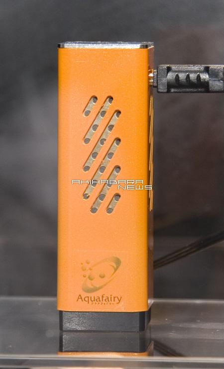 小巧便携外置式燃料电池手机充电器曝光