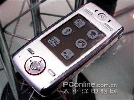 非常超值摩托罗拉游戏手机E680g仅2548