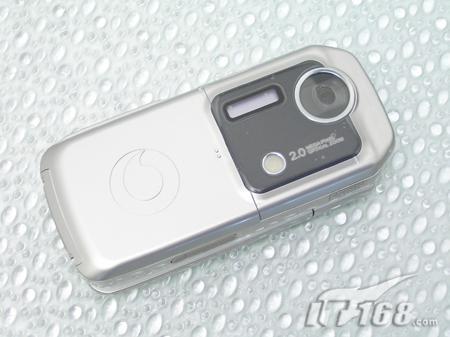 无限诱惑夏普靓屏手机V902仅2799元