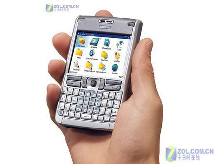 商务典范诺基亚全键盘智能E61降至2550