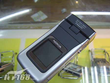 双屏折叠设计诺基亚3G智能机N90跌至3650