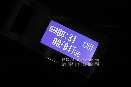200万像素夏普靓屏轻薄V705SH跌破四千(2)